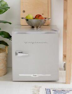 mini koelkast met vriesvak