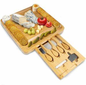 KitchenBrothers Uitschuifbare XL Tapasplank - Met 4 Messen - 100% Natuurlijk Bamboe